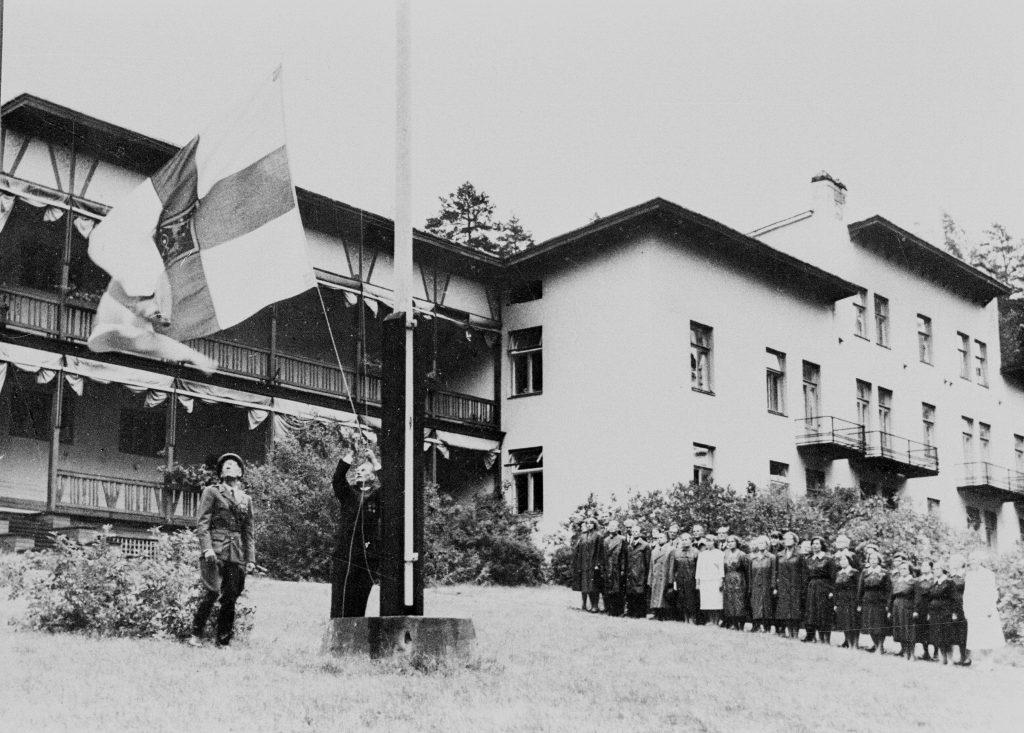 Sotasairaalasta Kruunupuistoksi